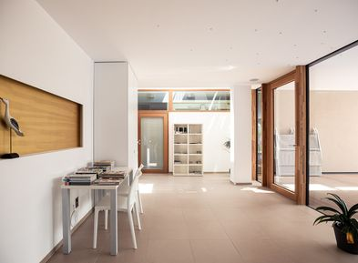 Clear lines and natural light in Villa Pernstich, Caldaro